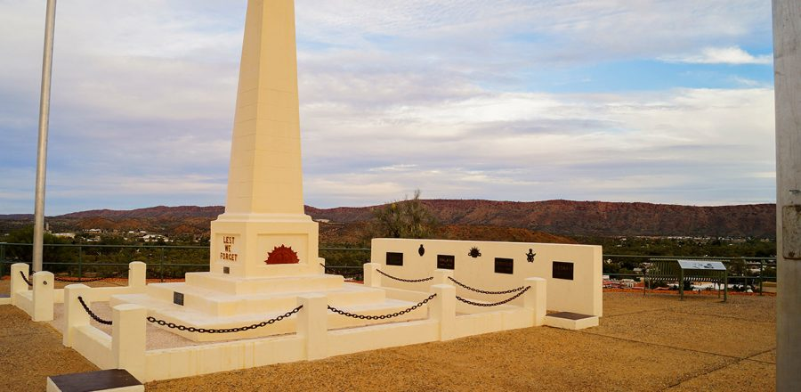 Anzac Hill Lookout in Alice Springs