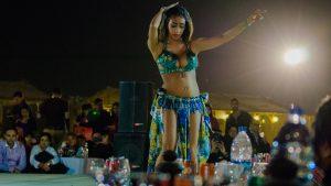 Dubai Desert Safari: Dinner & Dancers
