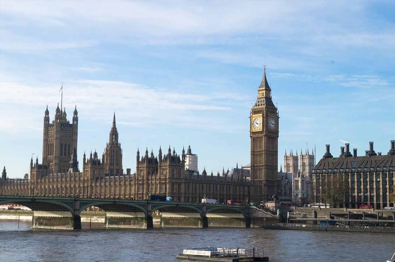24 Hours in London